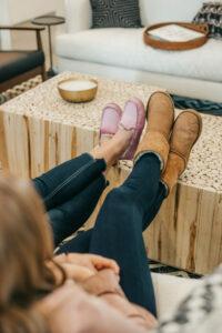 Cómo limpiar tus zapatos o botas Uggs, probamos 2 métodos