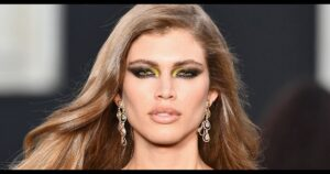 Victoria's Secret contrata a su primera modelo transgénero tras las críticas